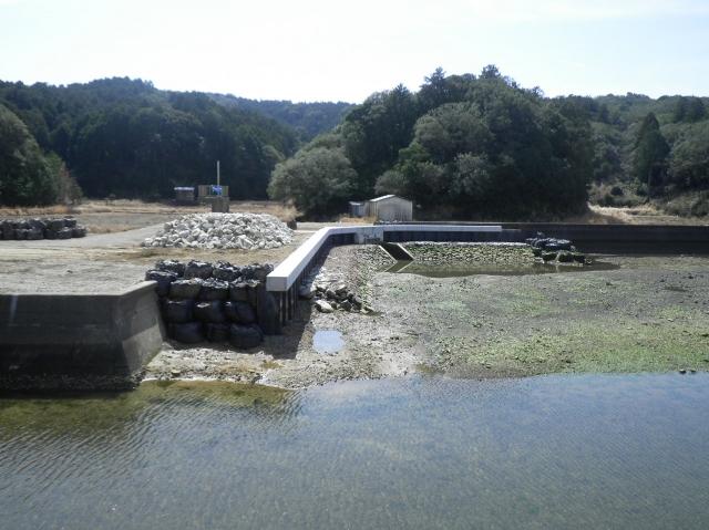大潟地区(鳥羽173)海岸保全施設整備事業(老朽化対策)堤防その10工事