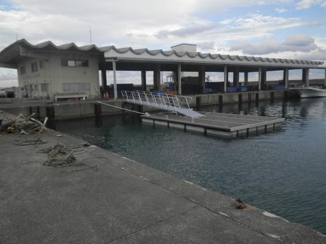 波切漁港 県営水産生産基盤整備事業(機能増進)浮桟橋設置工事