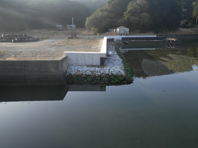 大潟地区(鳥羽173)海岸保全施設整備事業(老朽化対策)堤防その11工事