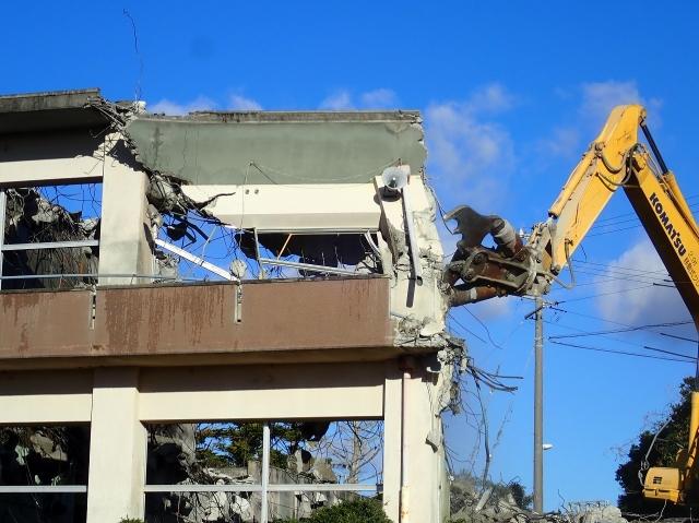 旧船越小学校校舎解体工事